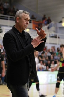 Volley : Boris Grebennikov revient sur l'arbitrage du derby. Basket : sale week-end pour l'Avenir !