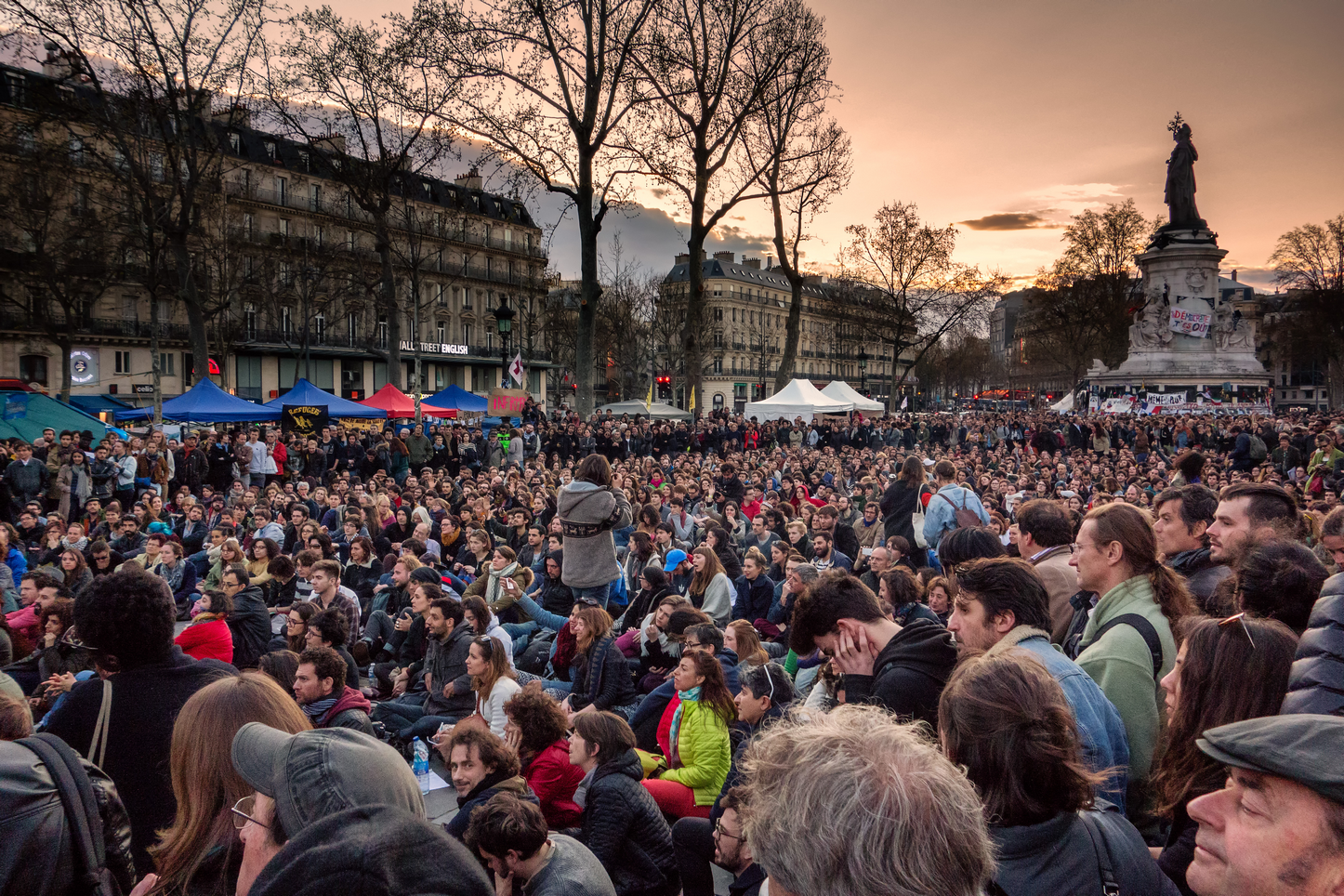 Nuit Debout à Paris le 10 avril 2016. Photo : Olivier Ortelpa