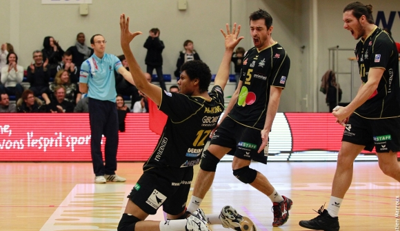 Volley - Rennes peut-il le faire? Chantepie domine sa poule // Basket - L'Union poursuit l'aventure !