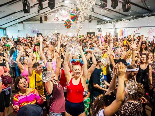 MORNING GLORYVILLE PARIS