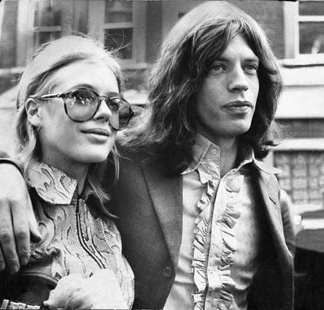 "Jagger / Faithfull, couple ""acro"" des sixties..."