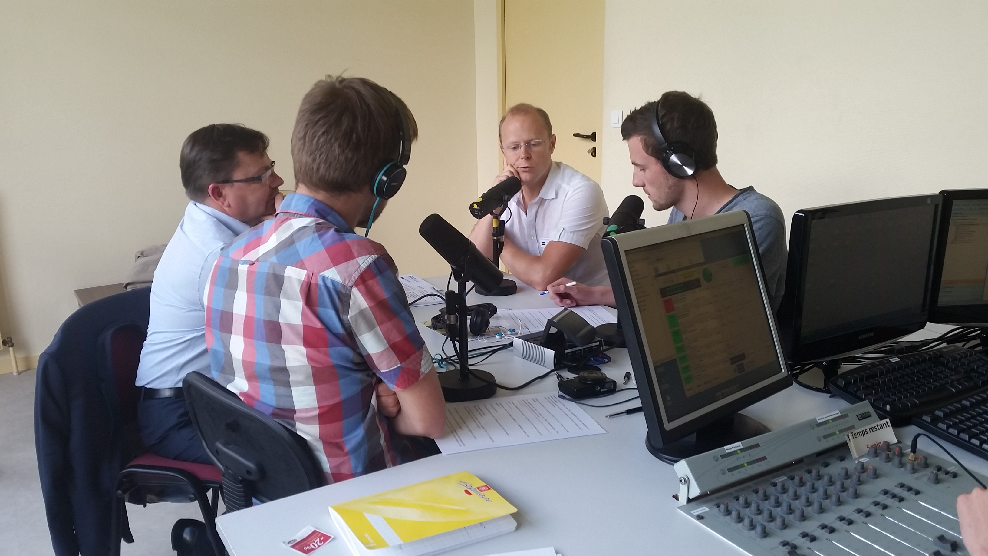 Start-up, cuisine et manifestations : la Skol Radio prend le direct de Radio Laser
